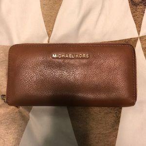 Handbags - Michael Kors beige wallet